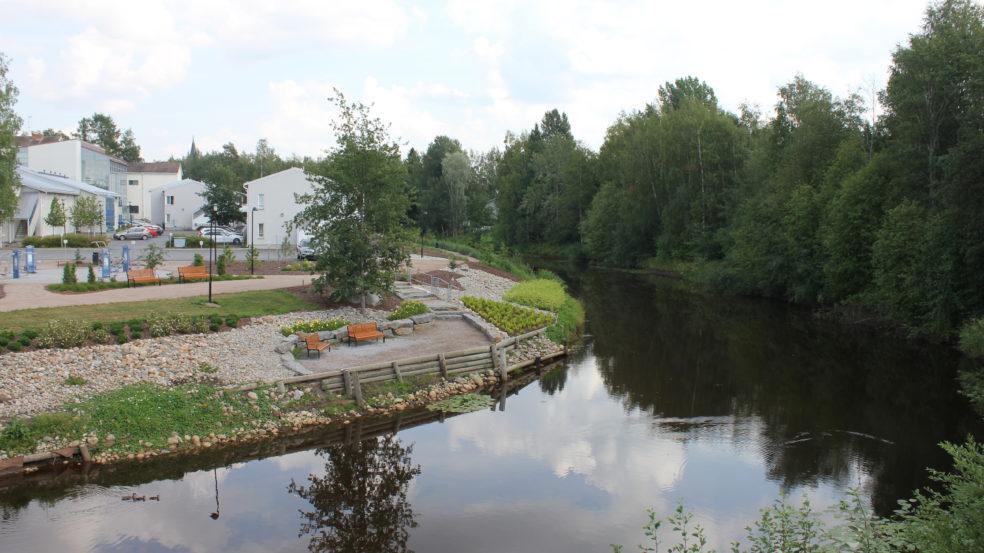 kauhavaa sillalta sillalle joen mutka ja lepopaikka