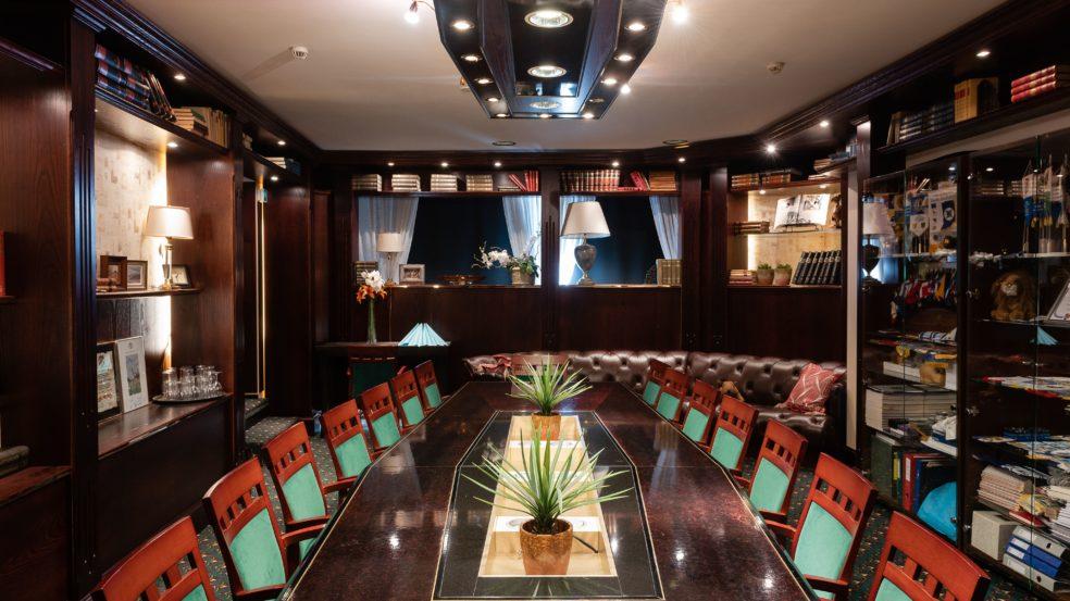 hotel sorsanpesä winston kabinetti kokouksia varten