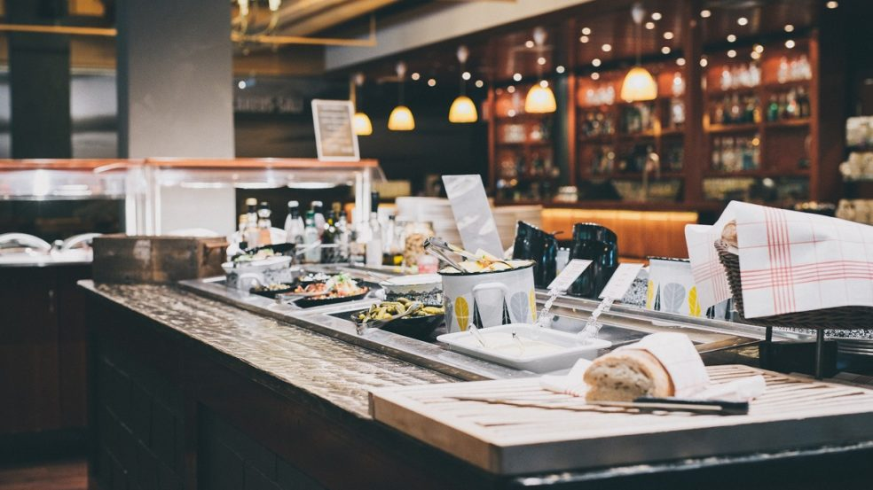 ravintola lakeus matador tiski ja itsetehtyä leipää