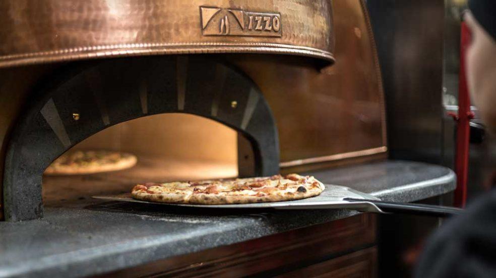 rosso seinäjoki upea kuparinvärinen pizzauuni