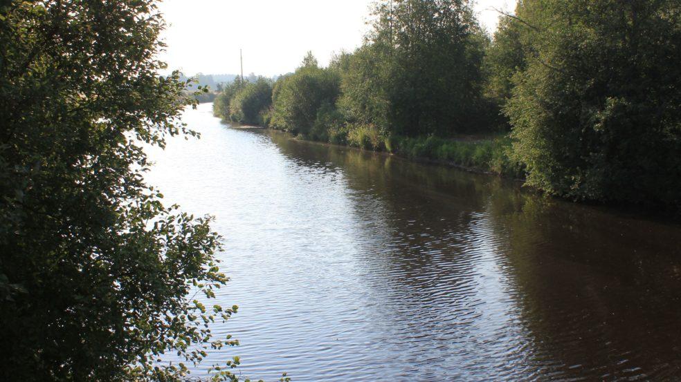 kauhavaa sillalta sillalle joki näkymät sillalta
