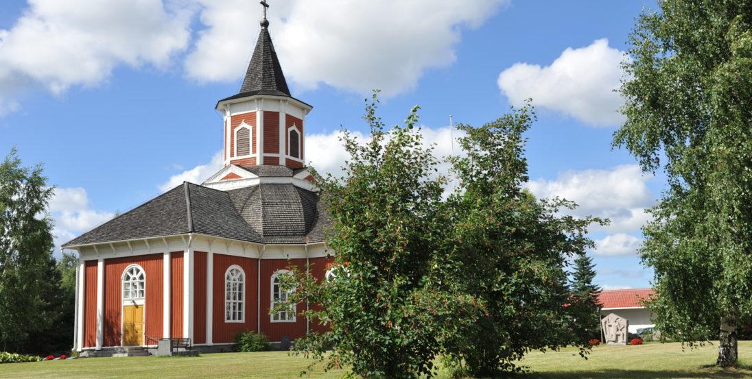 Kortesjärven kirkko kesällä kauhava Visit Lakeus