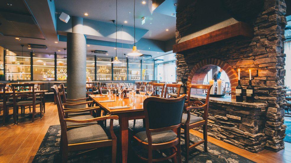 ravintola talriikki seinäjoki idyllinen takka ja sisutus luovat tunnelmaa