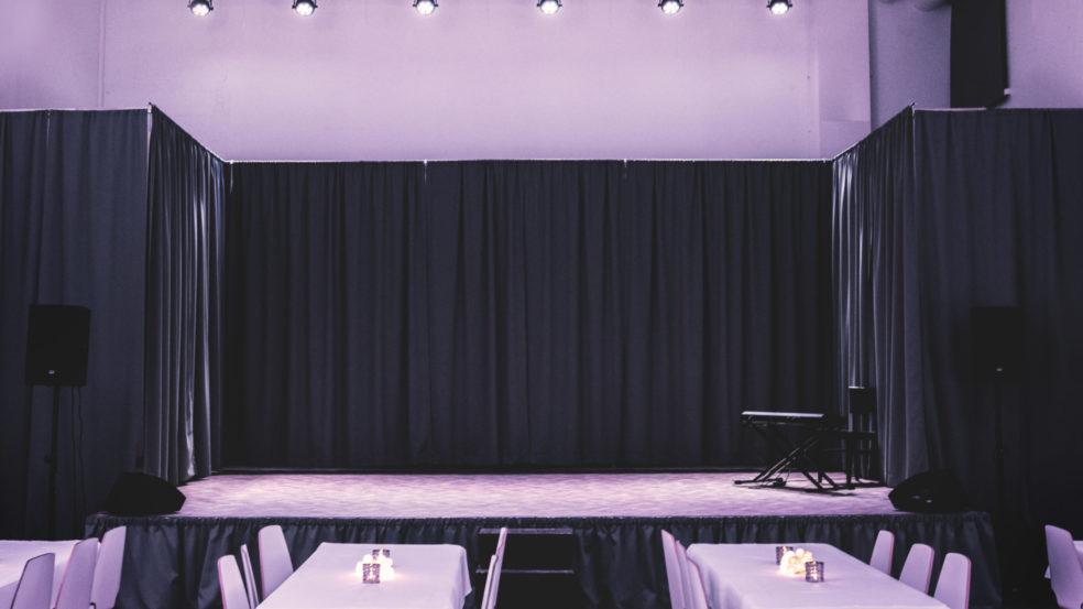 Teatteri Hysteria Lava salista kuvattuna