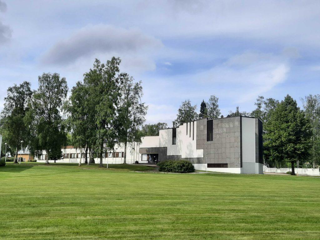 Aalto-keskus Alajärvellä.