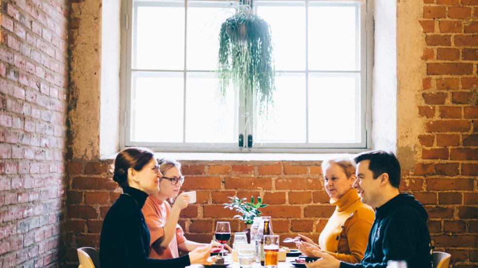 Lounasravintola Äärellä Kuppi ja kattila