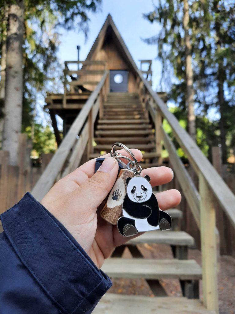 Villa Ursuksen avaimissa on panda.