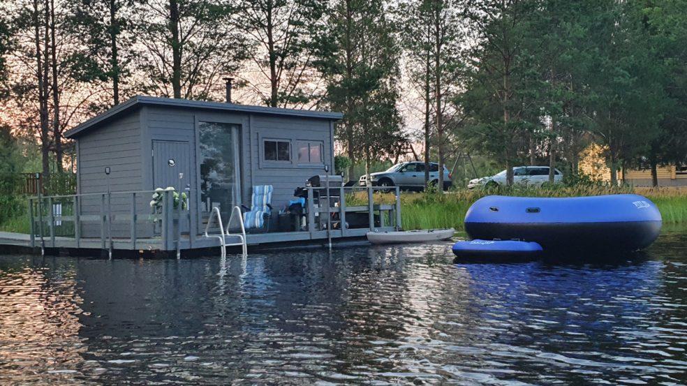 Saunalautta Fin Karhu Peräseinäjoen Kalajärvellä