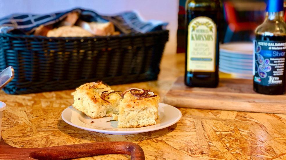 Ravintola Varicko Seinäjoki vastaleivottu leipä pöydässä